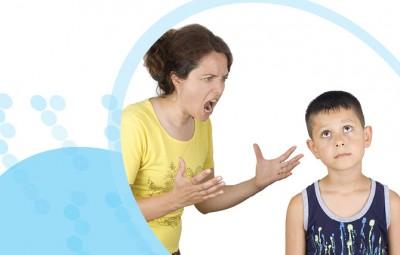 ילד ואמא כועסת