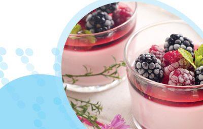 כוסות מלבי עם פירות יער קפואים